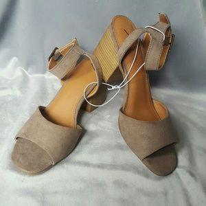 NEW Cute Heels